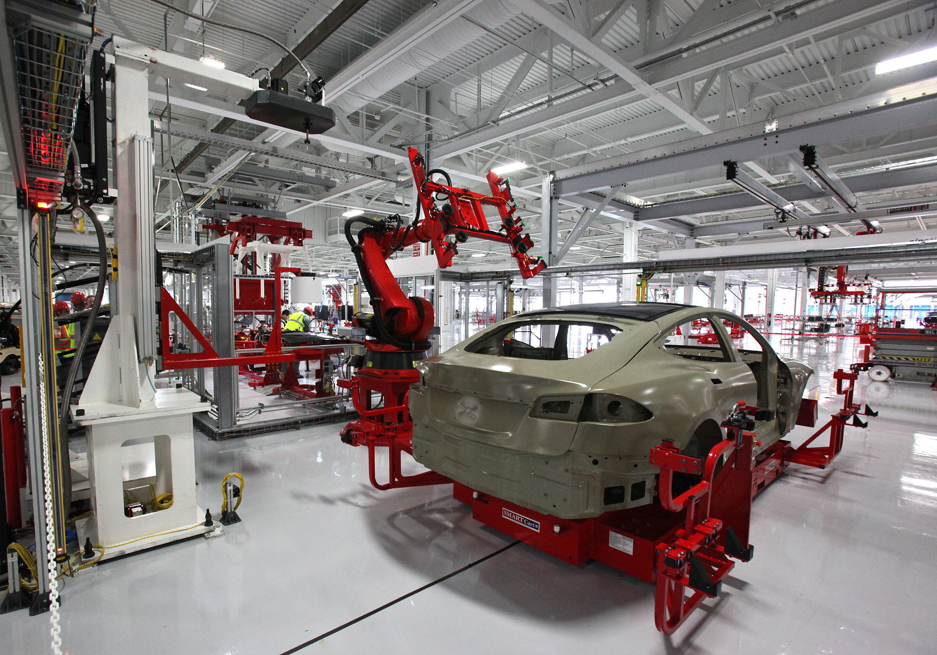 2000 Cars Produced By Tesla Weekly