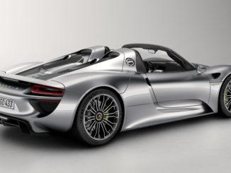 Compare EVs Porsche 918 Spyder