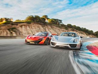 Porsche 918 and McLaren P1 - McLaren P1