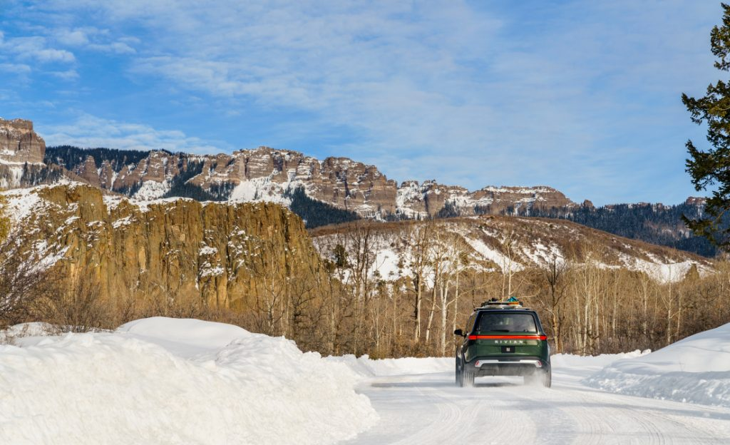 2021 Rivian R1S SUV - Snow