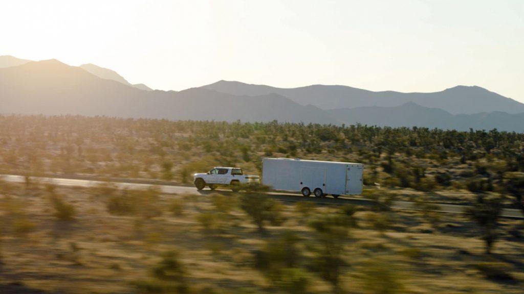 2021 Rivian R1T Truck EV - towing