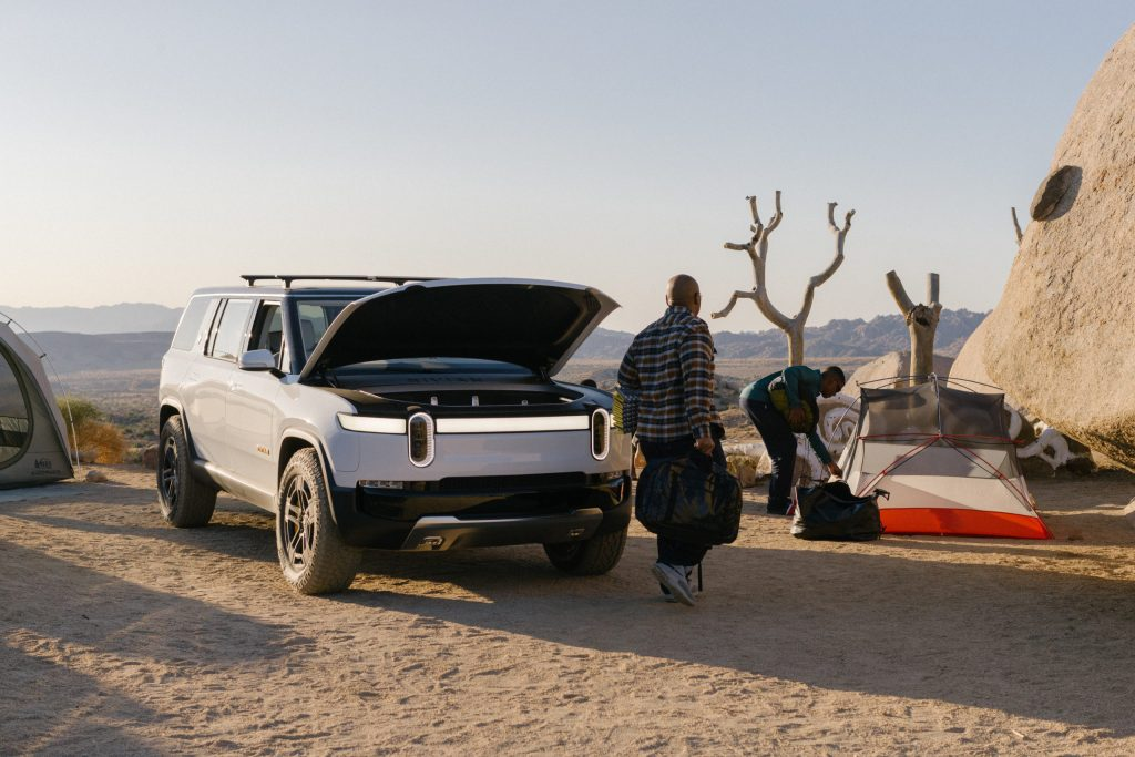 2021 Rivian R1S SUV - Camping
