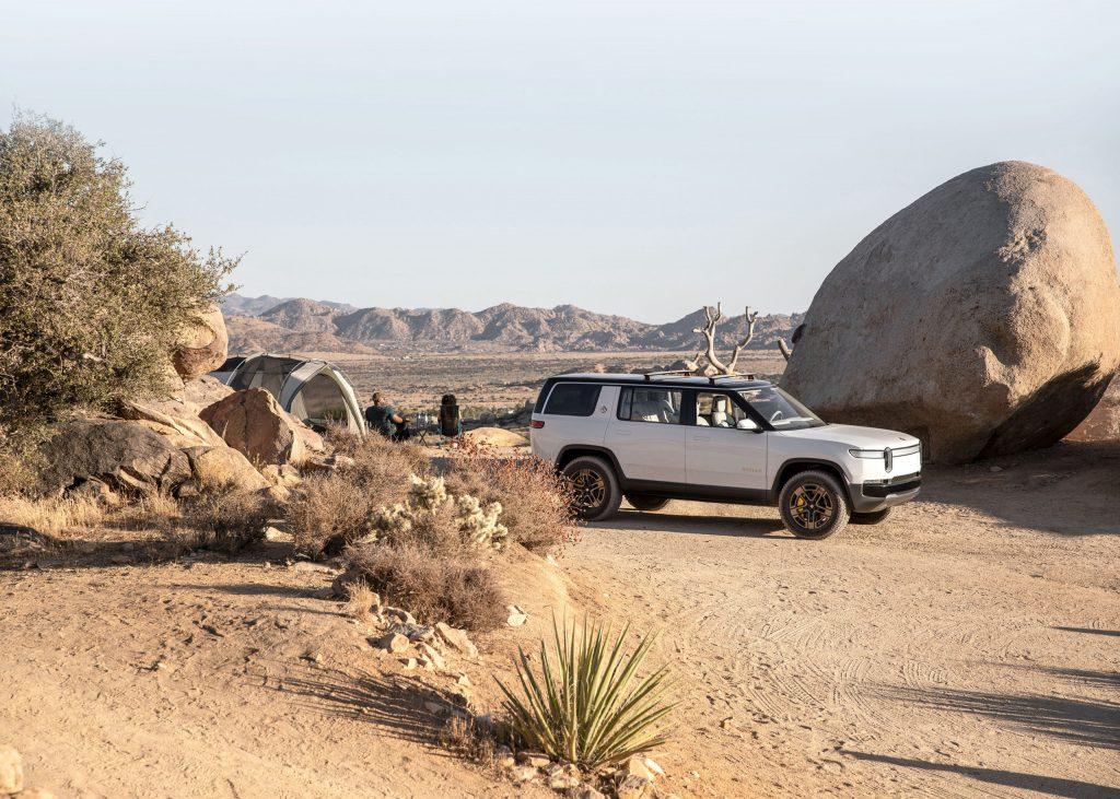 2021 Rivian R1S SUV - off-load