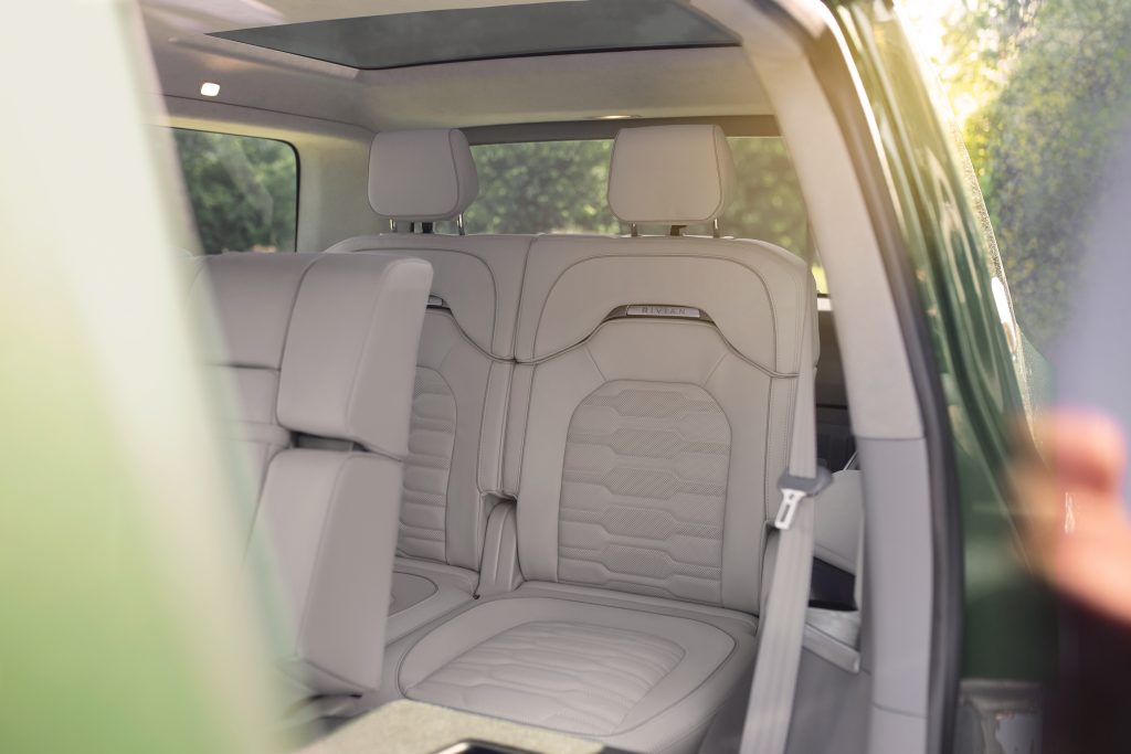 2021 Rivian R1S SUV - row seats
